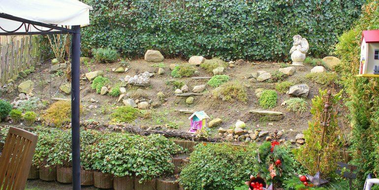 Bepflanzung an der Terrasse