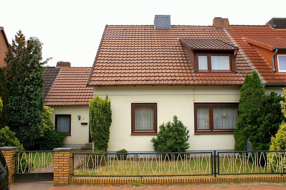 VERKAUFT! Verden-Borstel | Doppelhaushäfte in ruhiger Lage