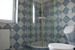 Duschbad mit Urinal